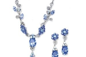 Jewelry , 6 Blue Crystal Necklace And Earring Set : Dainty Sapphire Blue Crystal Necklace and Earring Set in Silver Floral ...