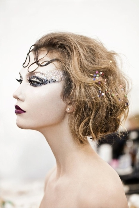 Make Up , 6 Rhinestone Eye Makeup : Rhinestone Eye Makeup | James Bond Party Ideas