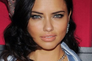432x594px 7 Adriana Lima Eye Makeup Picture in Make Up