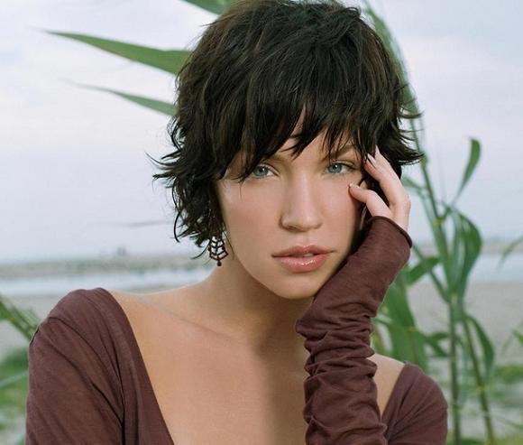 9 Short Textured Hairstyles Women in Hair Style