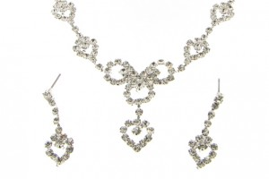 Jewelry , 6 Crystal Necklace And Earring Set : Austrian Crystal Necklace and Earrings Set