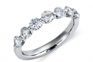 Jewelry , 10 Diamond Ring : Beautiful Classic Diamond Rings