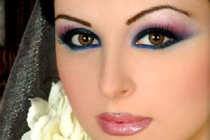 Make Up , 8 Makeup Tricks To Make Eyes Look Bigger : Best Tips to Make Your Eyes Look Bigger