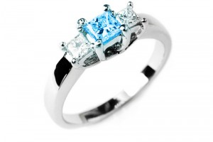 Jewelry , 5 Diamond Ring : Blue Diamond Ring with side diamonds