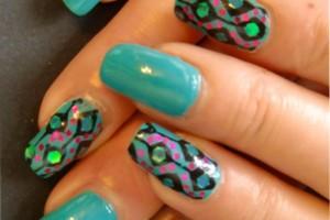 Nail , 8 Vintage Style Nail Designs : Blue Vintage Nail Art Design