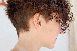 Hair Style , 9 Short Textured Hairstyles Women : Chic Multi Textured Short Curly Hairstyle