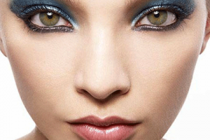 480x508px 6 Cleopatra Eye Makeup Picture in Nail