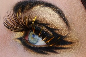 600x484px 6 Cleopatra Eye Makeup Picture in Nail