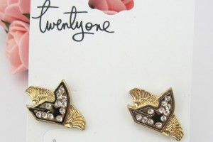 500x500px 8 Gold Drop Earrings Picture in Jewelry