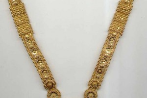 728x1100px 8 Gold Necklaces For Women Picture in Jewelry