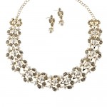WHOLESALE JEWELRY TOWN : CRYSTAL PEARL VINE NECKLACE , 6 Pearl And Crystal Necklace In Jewelry Category