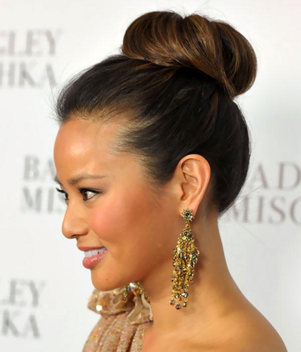 Hair Style , 7 Bun Dos Hairstyles : Classic High Bun Updos Hairstyles | Updos For Medium Length Hair