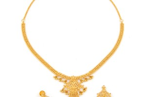 Jewelry , 8 Gold Necklaces For Women : Light Weight Gold Necklace Set