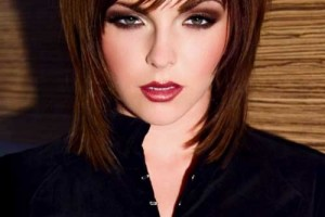 500x750px 10 Woman Easy Medium Hairstyles Ideas Picture in Hair Style