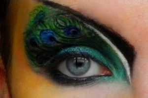 550x440px 7 Peacock Eye Makeup Tutorial Picture in Make Up