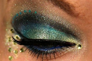 500x459px 7 Peacock Eye Makeup Tutorial Picture in Make Up