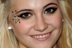 Make Up , 6 Eye Makeup For A Cat : Pixie Lott Smokey Cat Eyes Makeup