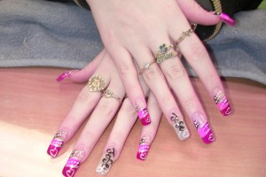 Nail , 6 Artificial Nail Designs : Pretty Nail Art Designs