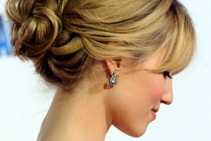 Hair Style , 6 Bun Dos Hairstyles : Romantic Loose Bun Updos Hairstyles