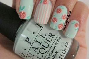 Nail , 8 Vintage Style Nail Designs : Second vintage flower nail design
