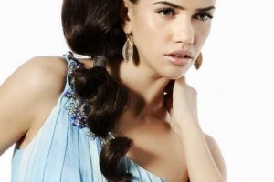 Hair Style , 6 Cute And Easy Ponytail Hairstyles : Side Bubble Ponytail Hairstyles
