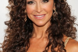 Hair Style , 6 Hairstyles For Long Curly Hair Women : Sexy Long Curly Hairstyles for Women Over 40s | Hairstyles Weekly