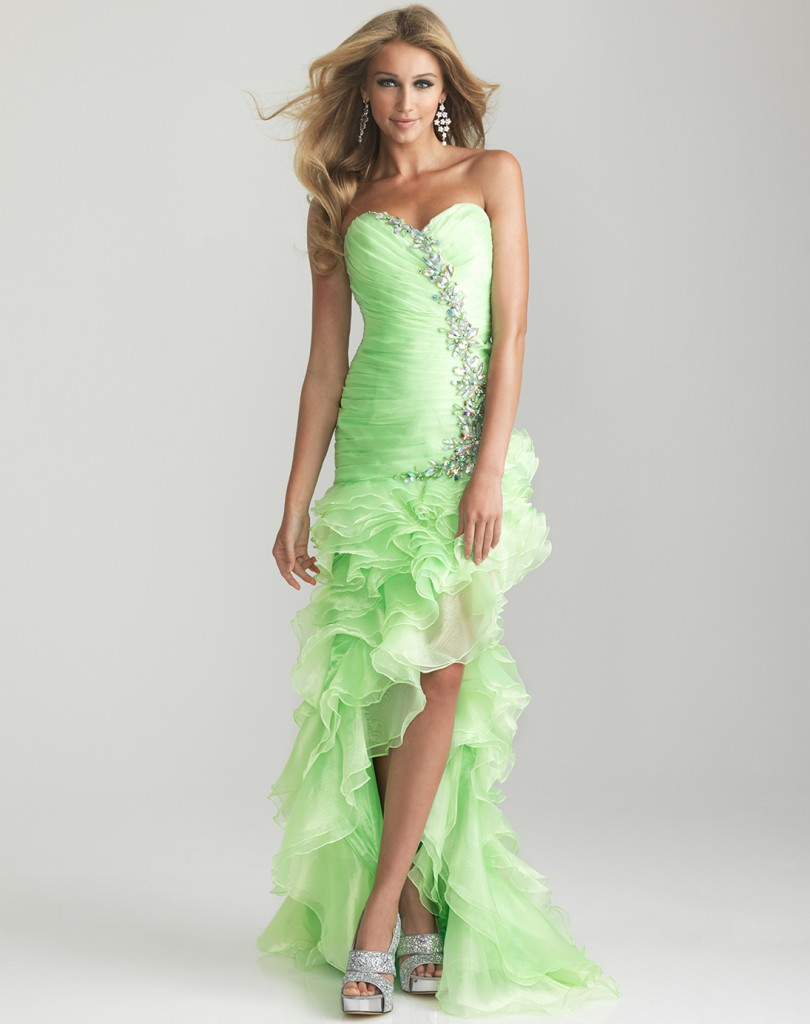 7 Green Vintage Prom Dress Designs in Fashion