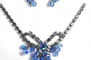 Jewelry , 6 Blue Crystal Necklace And Earring Set : Vintage Blue Rhinestone Crystal Fringe Necklace and Earring Set