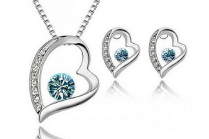 Jewelry , 6 Blue Crystal Necklace And Earring Set : Necklace and Earring Jewelry Set, Blue Crystal Heart - Top Value ...