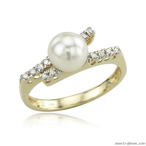 Yellow Gold Pearl And Diamond Ring 12 Gold Diamond Ring