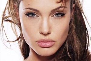 Make Up , 7 Eye Makeup For Angelina Jolie : angelina jolie classic cat eye makeup