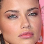 adriana lima shimmery rosy bronze eyes black liner, pink ... | Makeup , 7 Adriana Lima Eye Makeup In Make Up Category