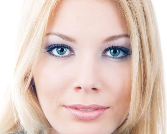 8 Eye Makeup For Blondes in Make Up