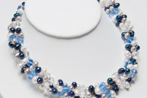 Jewelry , 6 Pearl And Crystal Necklace : ... TYPE › NECKLACES › Blue, Silver & White Pearl and Crystal Necklace