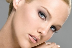 Make Up , 8 Eye Makeup For Blondes : bride makeup for blondes