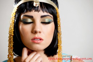 1202x800px 6 Cleopatra Eye Makeup Picture in Make Up