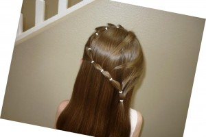 1468x1210px 6 Hairstyles With Rubber Bands Picture in Hair Style