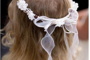 Hair Style , 7 Flower Girl Hair : flower girl hairdo