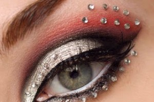 Make Up , 7 Rhinestone Eye Makeup :  how to apply rhinestone eye makeup