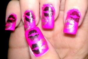 736x436px 7 Lips Nail Art Design Picture in Nail