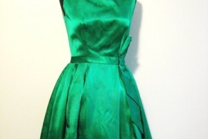 Fashion , 6 Green Vintage Prom Dress Designs : Dresses : Evening Dresses : 1950\'s Emerald Green Cocktail Dress