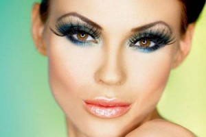 Make Up , 8 Makeup Tricks To Make Eyes Look Bigger :  makeup tips to make eyes look huge