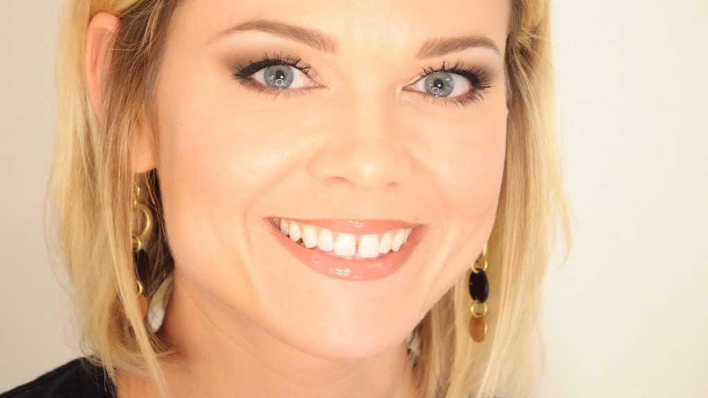 Make Up , 7 Makeup Tips For Hooded Eyes : Makeup For Hooded Eyes   Easy Tips & Tricks : )   YouTube
