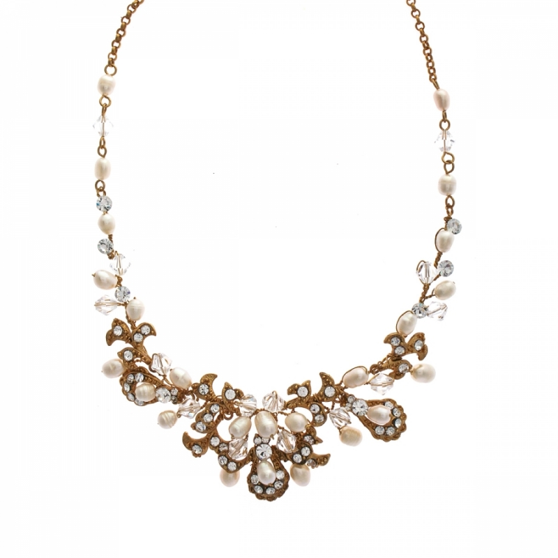 6 Pearl And Crystal Necklace in Jewelry