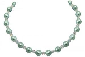 500x500px 6 Pearl And Crystal Necklace Picture in Jewelry