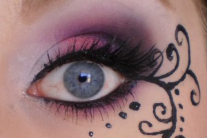 Make Up , 6 Goth Eye Makeup : ... : Pink Purple elegant Gothic Makeup with eyeliner art
