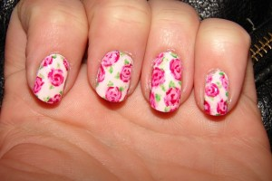 Nail , 8 Vintage Style Nail Designs : pinkrose vintage nail design