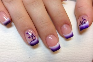Nail , 5 Airbrush Nail Designs : purple airbrush nail design