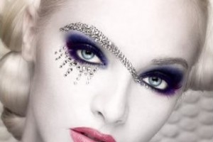 329x370px 7 Rhinestone Eye Makeup Picture in Make Up