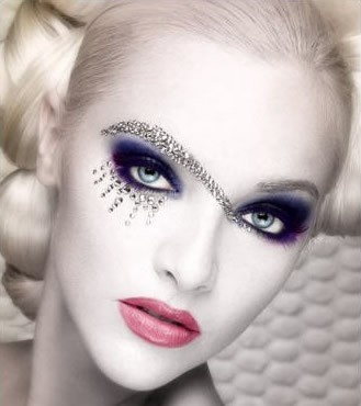 7 Rhinestone Eye Makeup in Make Up